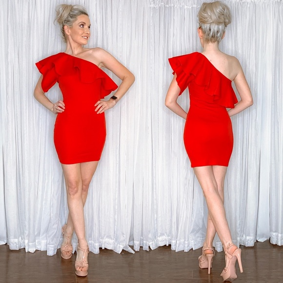 AmandaRSowards Dresses & Skirts - Red One Shoulder Couture Cocktail Party Dress